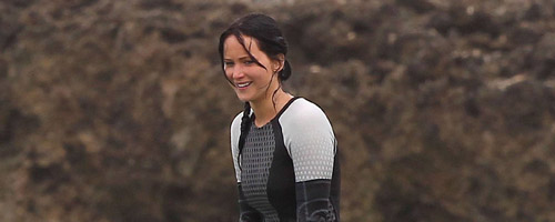 Catching Fire On Set - Katniss-Peeta.com